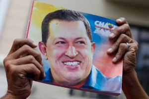 chavez_sign_rtr_img